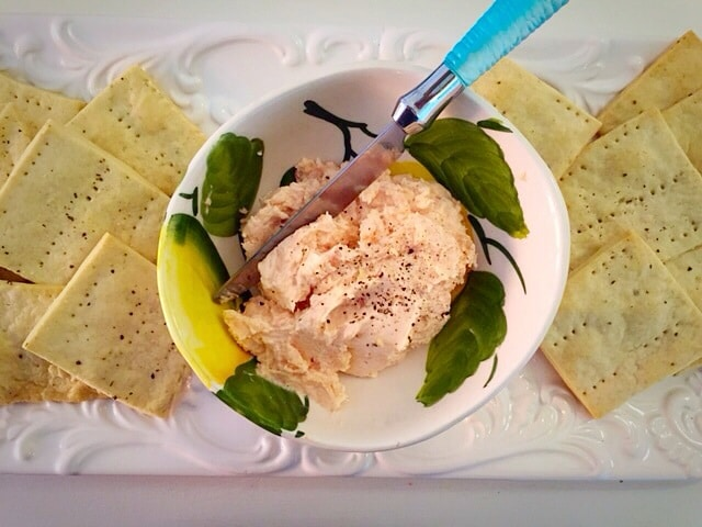 Smoked salmon patè with black pepper crackers www.insidetherustickitchen.com