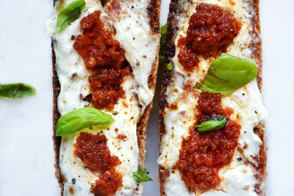 Cream cheese and nduja bruschetta www.insidetherustickitchen.com4