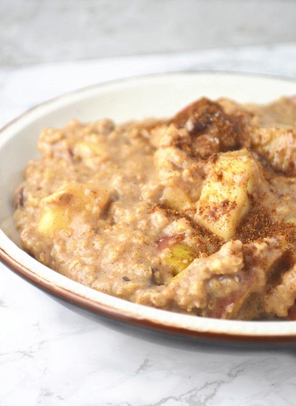 apple maple porridge www.insidetherustickitchen.com