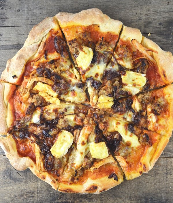 This Turkey Stuffing Pizza with Caramelised Onions and Brie recipe is the perfect way to use leftovers this holiday season. www.insidetherustickitchen.com