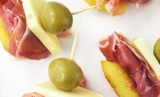 These Fried Gnocchi, Prosciutto and Pecorino Appetizers are simple and elegant, perfect for parties and entertaining! Recipe www.insidetherustickitchen.com