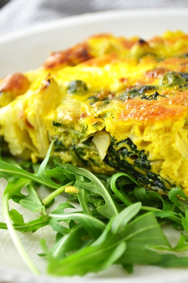 Spinach and artichoke frittata www.insidetherustickitchen.com