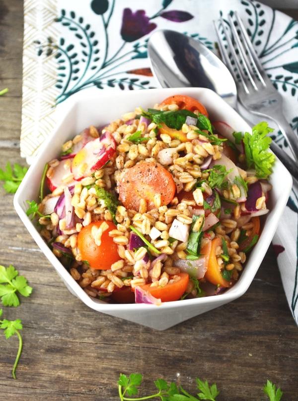 farro salad www.insidetherustickitchen.com