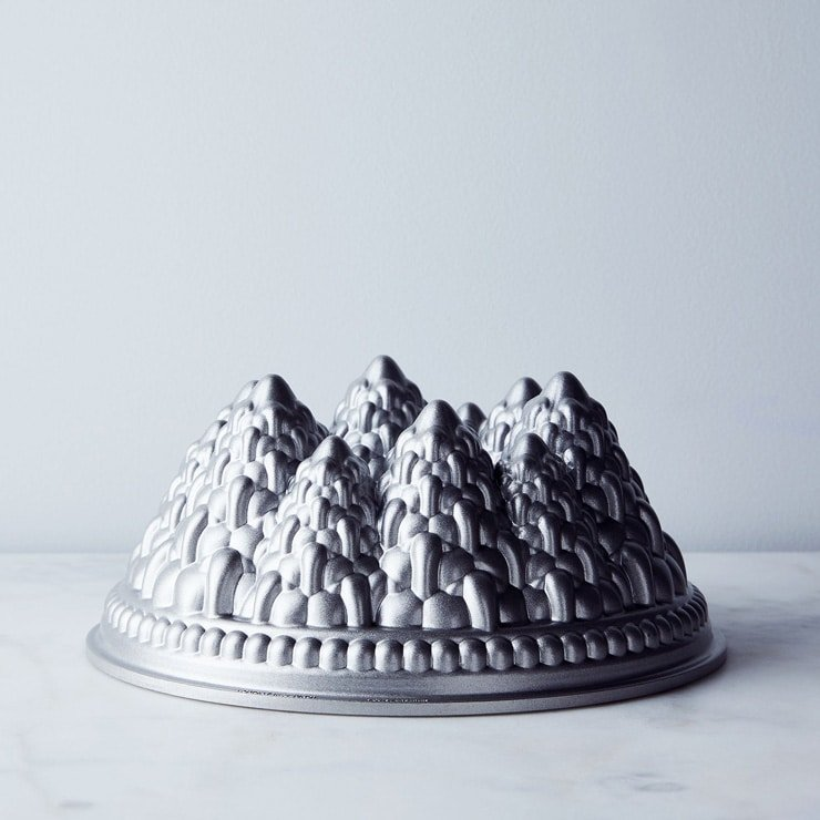 Nordic bundt pan for last minute foodie gift guide photo inside the rustic kitchen