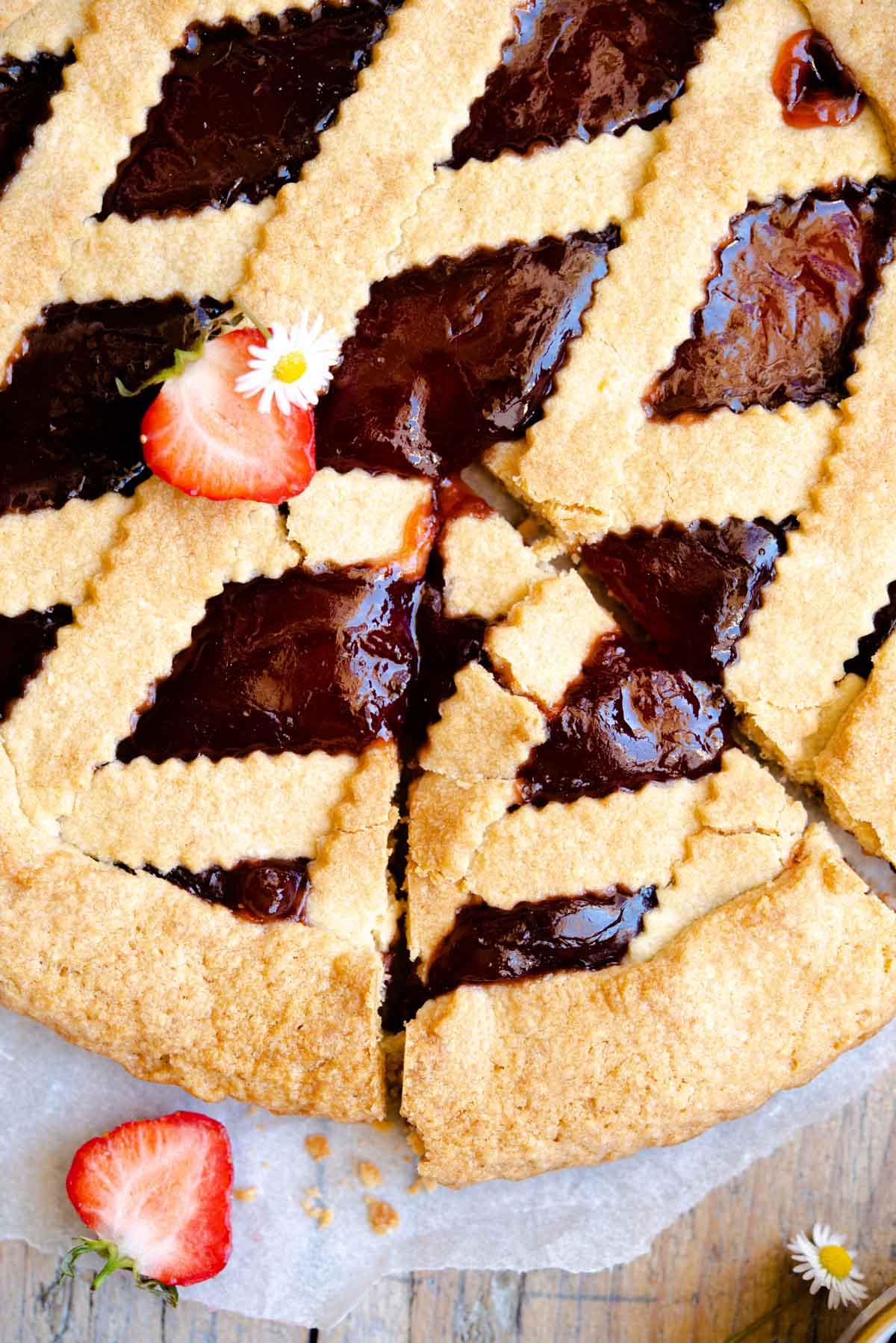 An overhead close up shot an Italian jam tart
